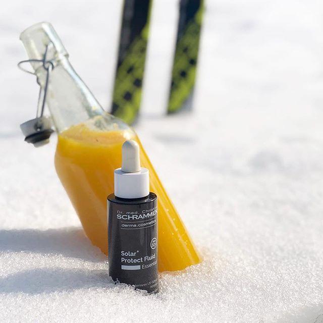 Det er endelig vår i luften og påsken nærmer seg med stormskritt️😎🏻Enten du skal på fjellet, ved sjøen eller livlige bygater, er det viktig å smøre den vinterbleke huden. Dr. Schrammek gir en trygg, omfattende og individuell solbeskyttelse avhengig av hudtype og hva huden utsettes for.