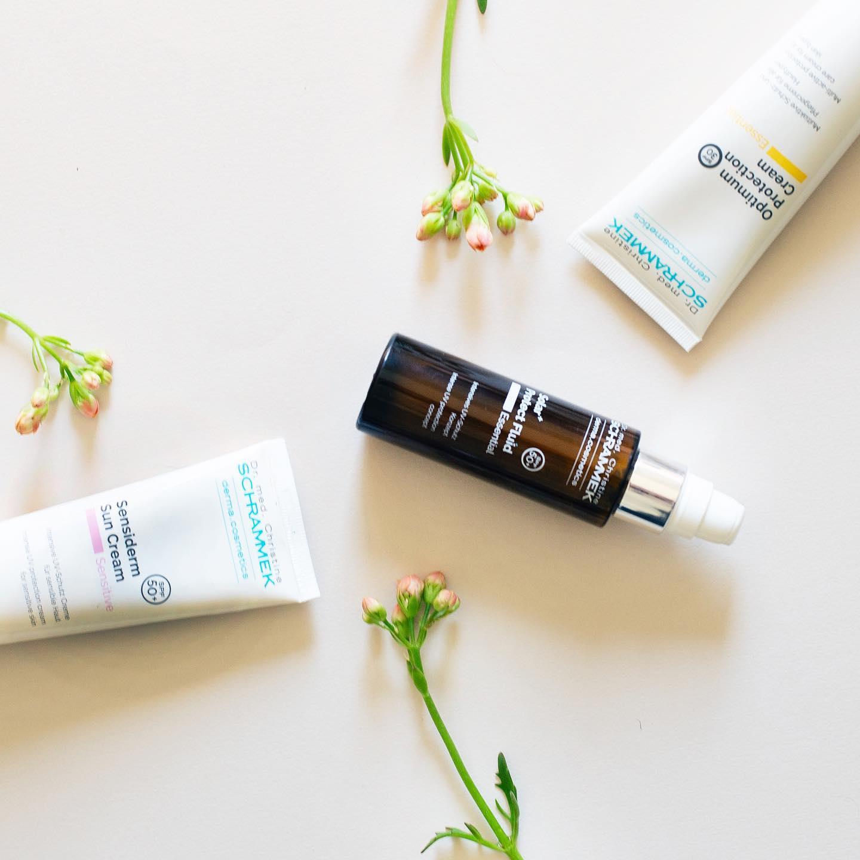Husk å beskytt huden, også når du har fått brunfarge️  Sommertips: Det kan være lurt å sjekke dagens UV-indeks. Her kan du se om det er lav eller høy stråling, og beskytte huden med en riktig solkrem etter behov.